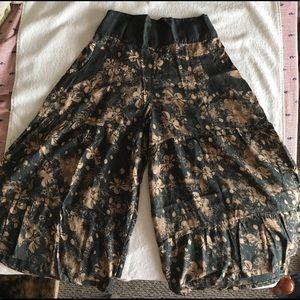 Pants - Women's gaucho/palazzo pants size SMALL